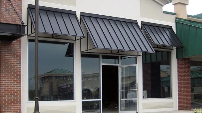 استفاده از آفتابگیر پنجره یا شیدر برای جلوگیری از ایجاد درز ساختمان